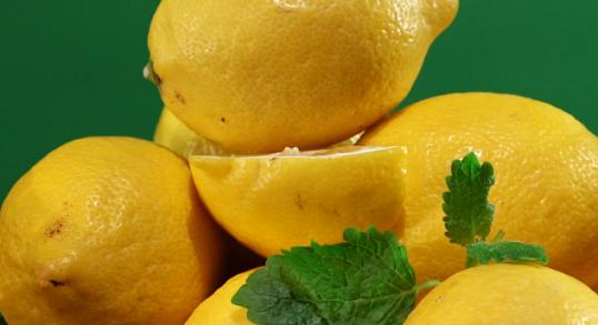 Цедра лимона: польза и вред