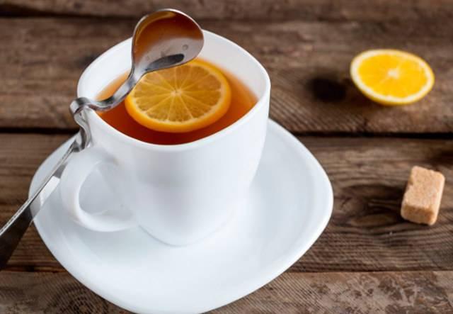 Лимон при грудном вскармливании, можно ли чай с лимоном при гв