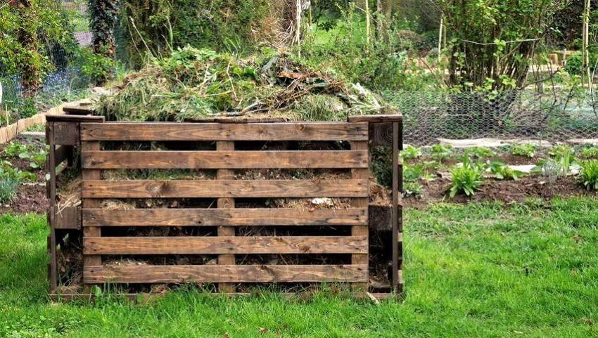 Изготовление ящика для компоста своими руками | 50 фото