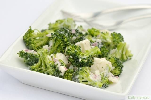 Калорийность капусты брокколи на пару, вареной, жареной, супа-пюре и крем-супа с брокколи