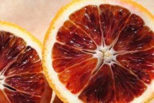 Красный апельсин (26 фото): сицилийский гибрид с прожилками внутри, как называется фрукт с мякотью красного цвета