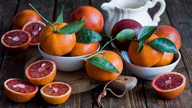 Сицилийские красные апельсины: полезные свойства и противопоказания