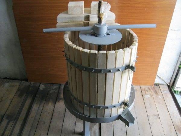 Процесс изготовления пресса для винограда своими руками