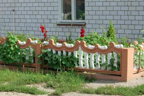 Деревянные заборы для палисадника: фото и как его сделать своими руками