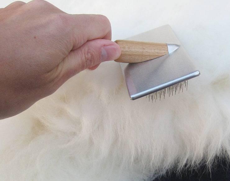 Как в домашних условиях почистить натуральную овчину, в том числе белого цвета, можно ли ее стирать в стиральной машине?