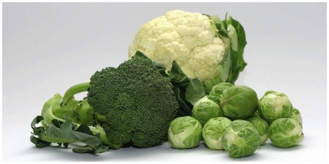 Найти 10 отличий: брокколи и цветная капуста