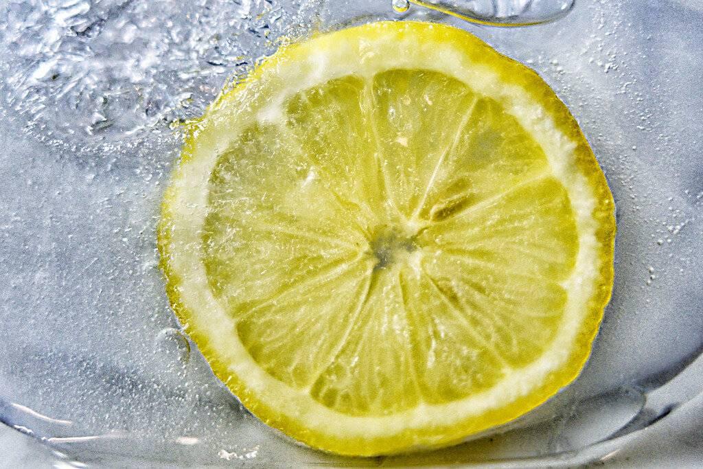 Замороженный лимон: польза и вред