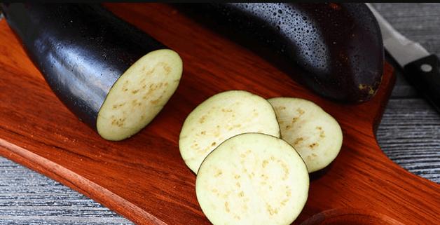Как выращивать баклажан универсал?