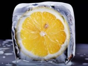 Замороженный лимон полезнее свежего! прочитав это, сразу отправила 1 кг в холодильник. избавилась от давней проблемы.