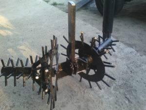 Изготовление приспособлений для посадки и прополки картофеля своими руками | топ сад