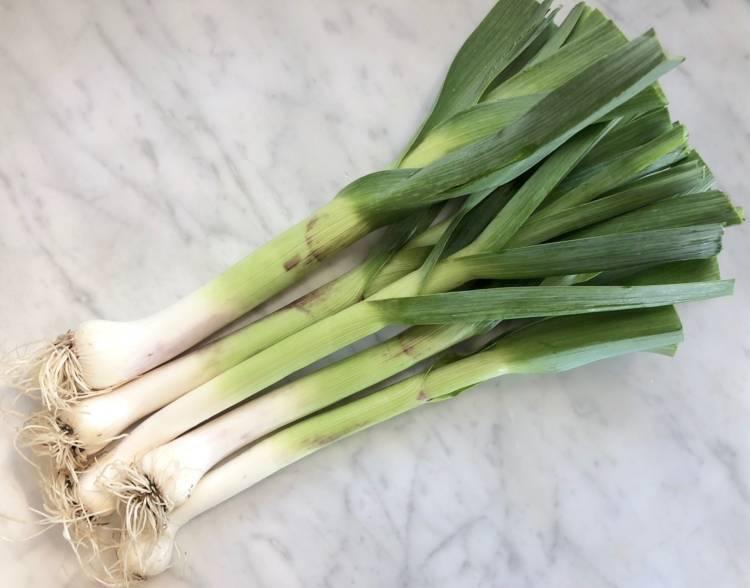Когда собирать лук-порей и как сохранить урожай