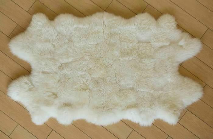 Как стирать изделия из овечьей шерсти