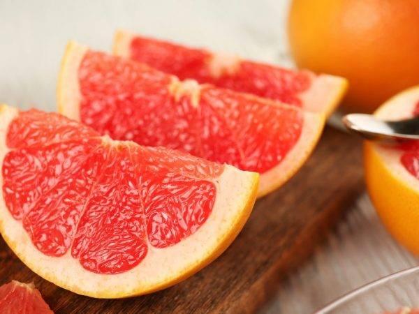 Грейпфрут бжу и гликемический индекс, сколько углеводов и сахара в 100 грамм фрукта