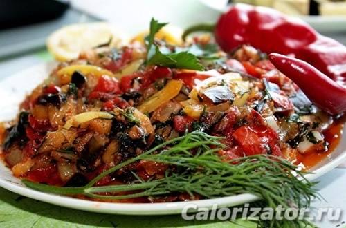 Баклажан и его калорийность в диетических блюдах