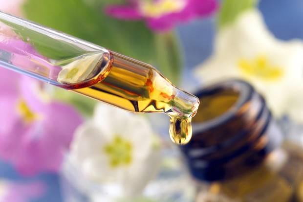 Масло полыни: свойства и применение, противопоказания и вред