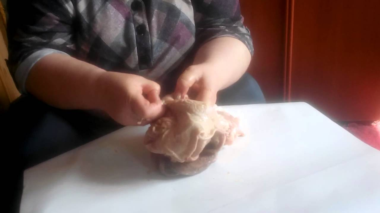 Как почистить свиные кишки для колбасы: 2 варианта обработки