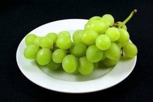 Калорийность винограда: зелёного, красного, черного