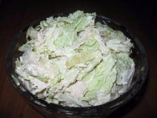 Легкие салаты из пекинской капусты для похудения: простые, быстрые и вкусные диетические блюда с китайским овощем, курицей, иными низкокалорийными продуктами; фото русский фермер