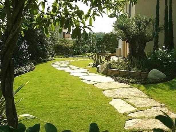 Удовольствие не для белоручек: когда и как правильно сажать газонную траву?