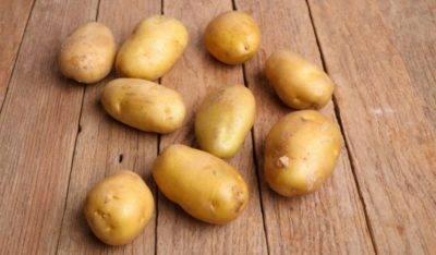 У картофеля высокая ботва: причина, что делать, можно ли обрезать