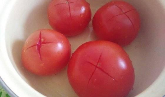 Как снять кожуру с помидоров. как быстро и легко очистить помидоры от кожуры. в этой статье мы расскажем вам четыре простых способа как снять кожуру с помидоров.
