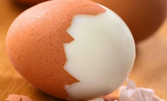 Куриное яйцо: как определить его вес без весов
