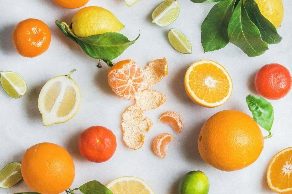 Какие витамины содержатся в апельсинах и лимонах: таблица