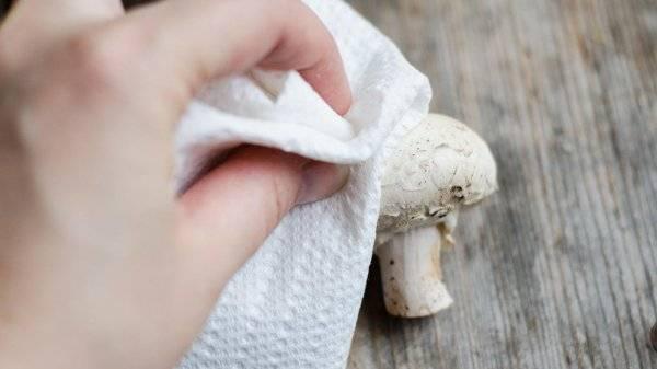 Как чистить шампиньоны: простые способы