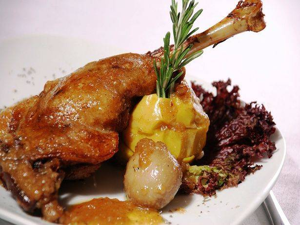 Польза мяса дикой утки. дикая или домашняя утка | здоровье человека