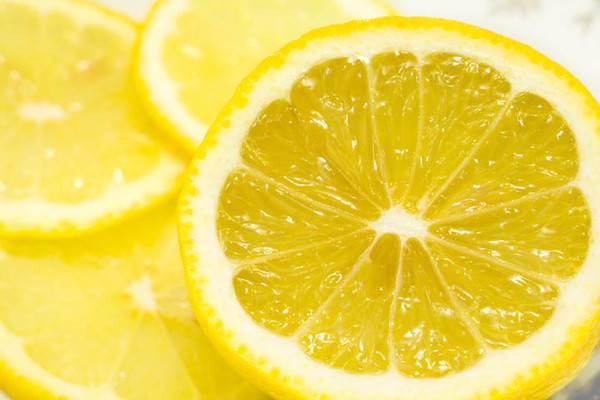 Лимон – лечебные свойства и вред, состав и калорийность