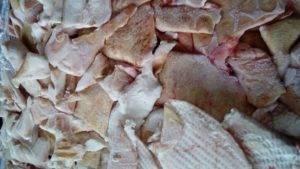 Свиная шкурка польза и вред. полезна ли свиная шкура