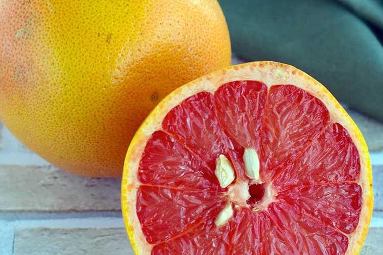 Какой грейпфрут полезнее белый или красный