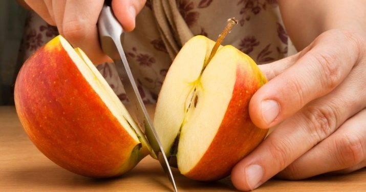 Почему яблоки темнеют на срезе и что сделать, чтобы они не потемнели при нарезке