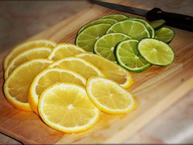 Лайм или лимон - что полезнее для организма, помогут ли цитрусы при похудении и орз