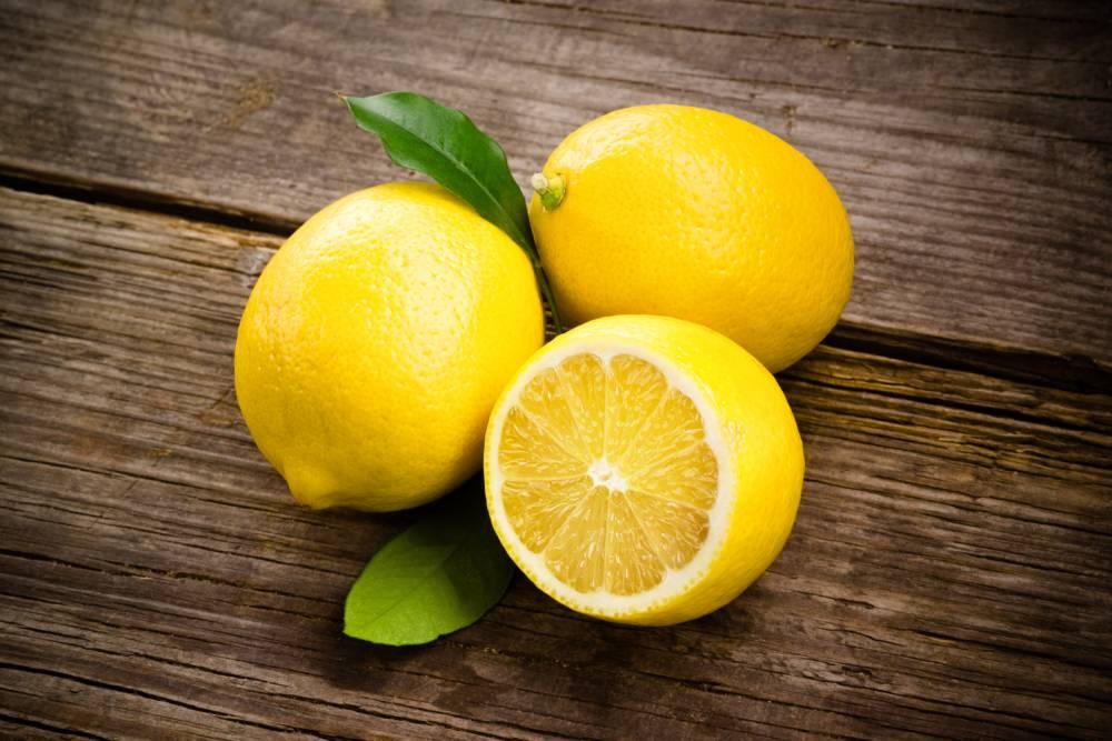 Вода с лимоном для похудения натощак: польза и вред, калорийность, рецепт