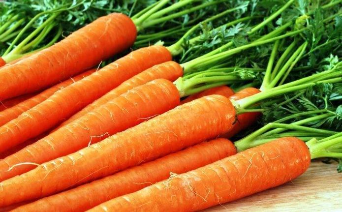 10 продуктов, которые чистят неправильно. не чистите морковь - кожура полезна