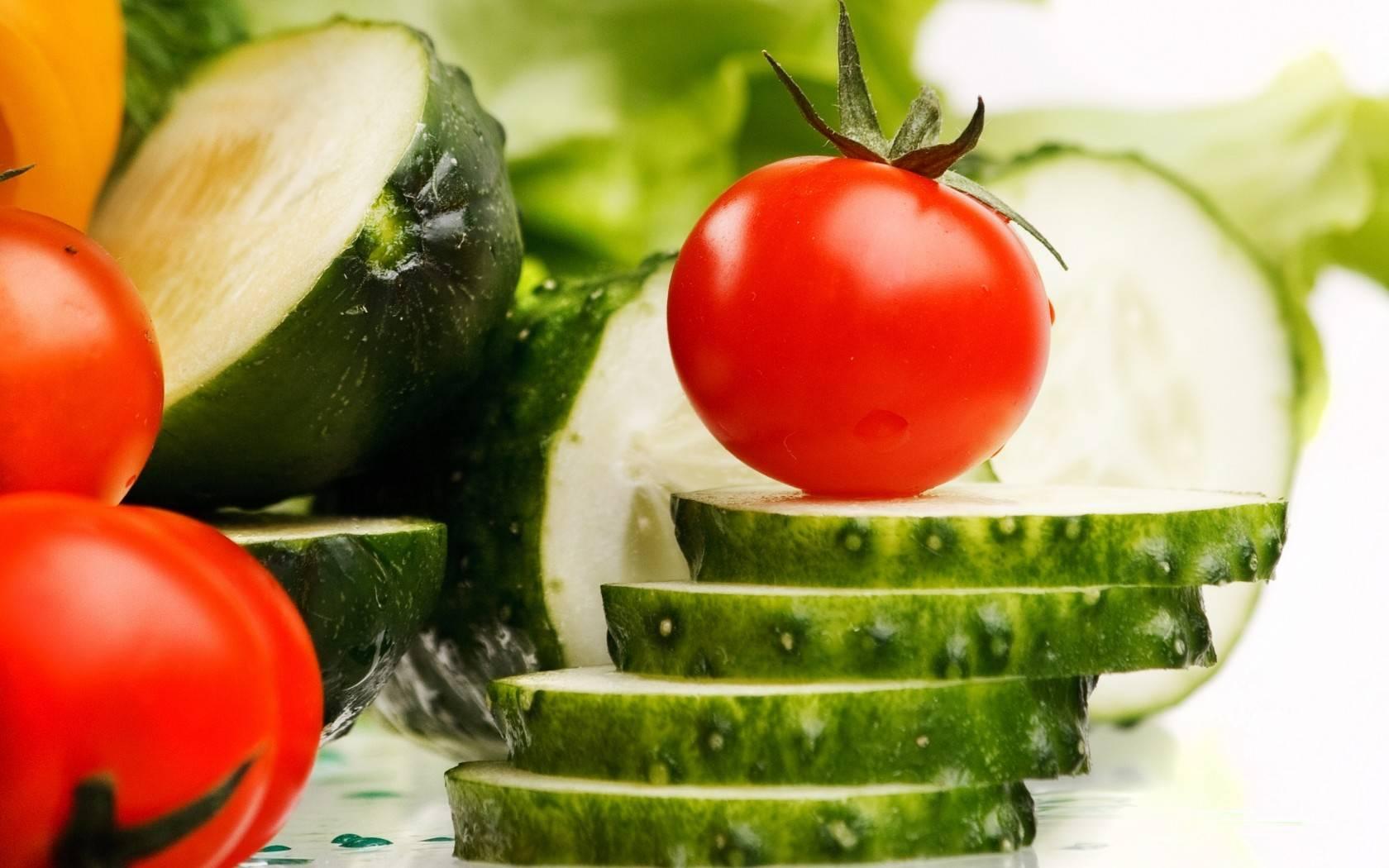 Помидор- это овощ или фрукт