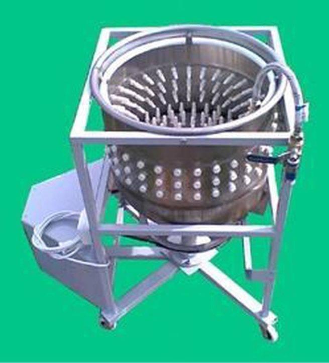 Перосъемная машина для ощипывания кур-бройлеров, индеек, уток и гусей: особенности машинки-ощипывателя. достоинства и недостатки аппарата