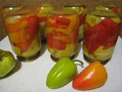 Можно ли замораживать яблоки на зиму в морозилке для компота резанные, пирога, шарлотки, пюре. отзывы