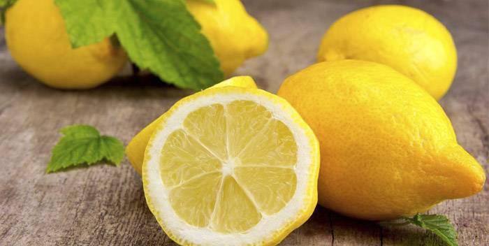 Лимонный сок с водой и содой для похудения