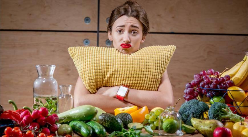 Сонник помидор  приснился, к чему снится помидор во сне видеть?