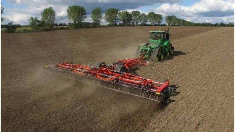 Как проводится боронование почвы и для чего оно нужно?