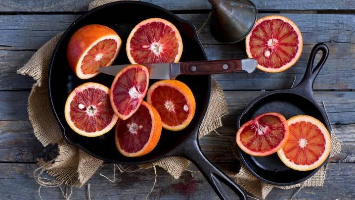 Можно ли есть кожуру апельсина и стоит ли это делать?