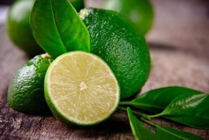 Лайм - полезные свойства фрукта и его сравнение с лимоном