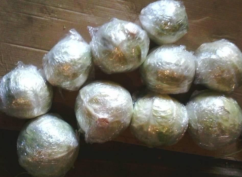 Как хранить капусту в подвале, погребе до зимы – в пленке, ящиках