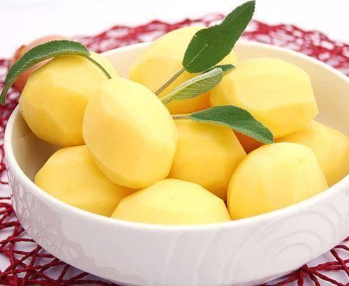 Чем отличается кукурузный крахмал от картофельного: можно ли заменить один другим, какой из них лучше, что полезнее и в чем разница, использование в выпечке