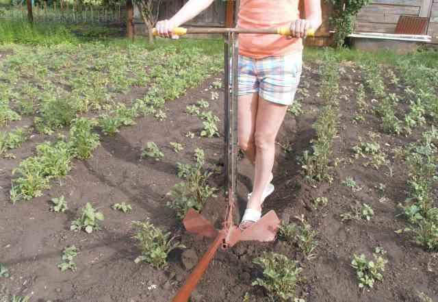 Самодельный окучник для картофеля своими руками: виды, как сделать, пошаговая инструкция, чертежи