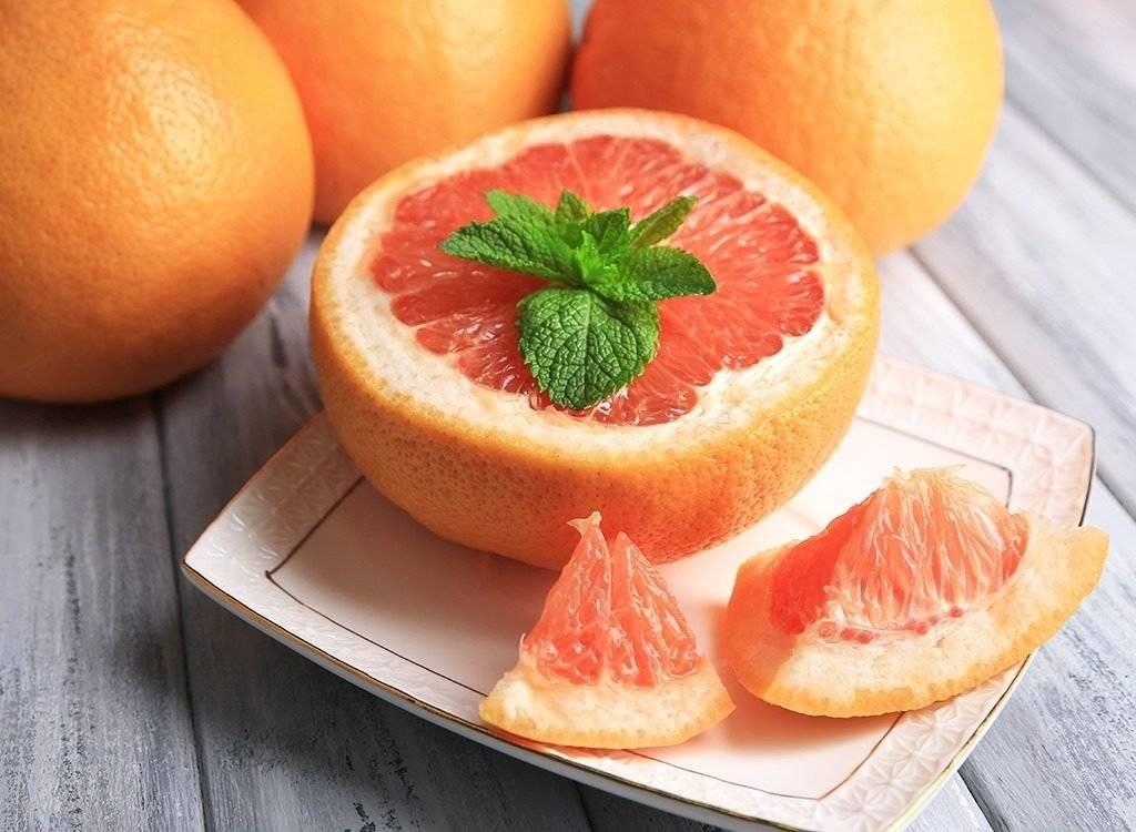 Как действует грейпфрут, сжигает ли жир и как его лучше есть для похудения и с пользой для организма