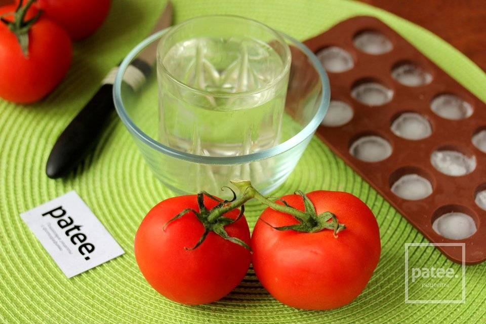 Как снять кожуру с помидора быстро: кипятком, в микроволновке, ножом или горелкой