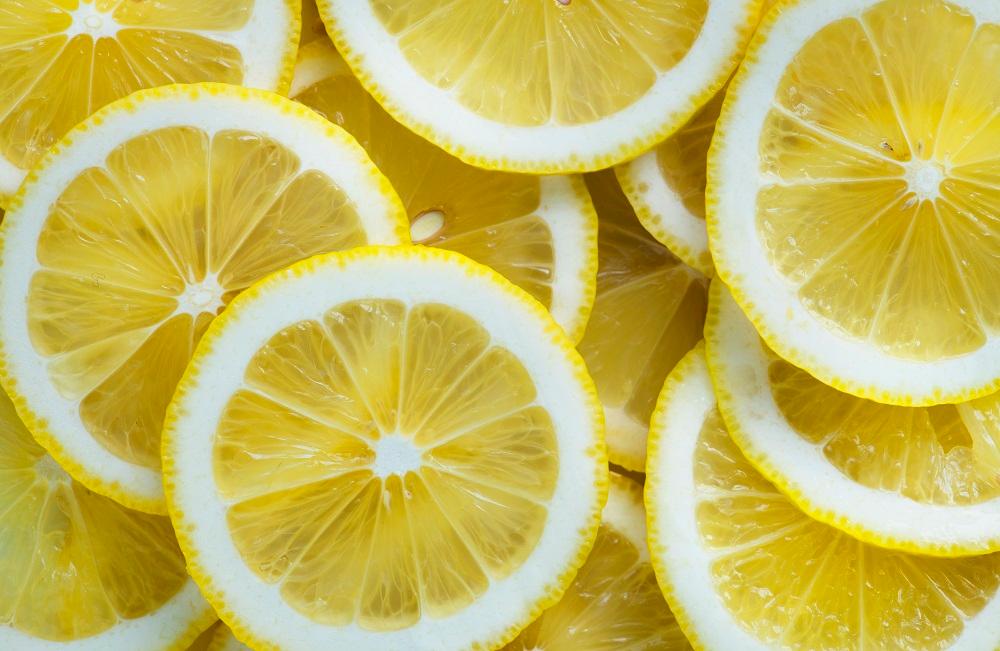 Состав лимона: сколько и какие витамины содержит, польза и вред для организма человека